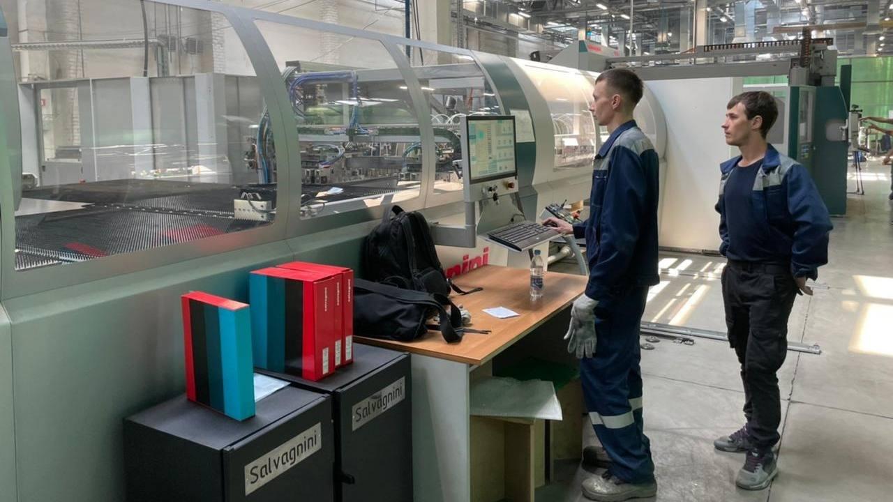 Завод по производству входных металлических дверей «Феррони-Тольятти» за лето примет на работу 900 человек