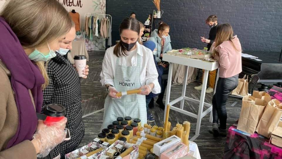 Выставка-презентация сувенирной продукции, произведенной самозанятыми Самарской области